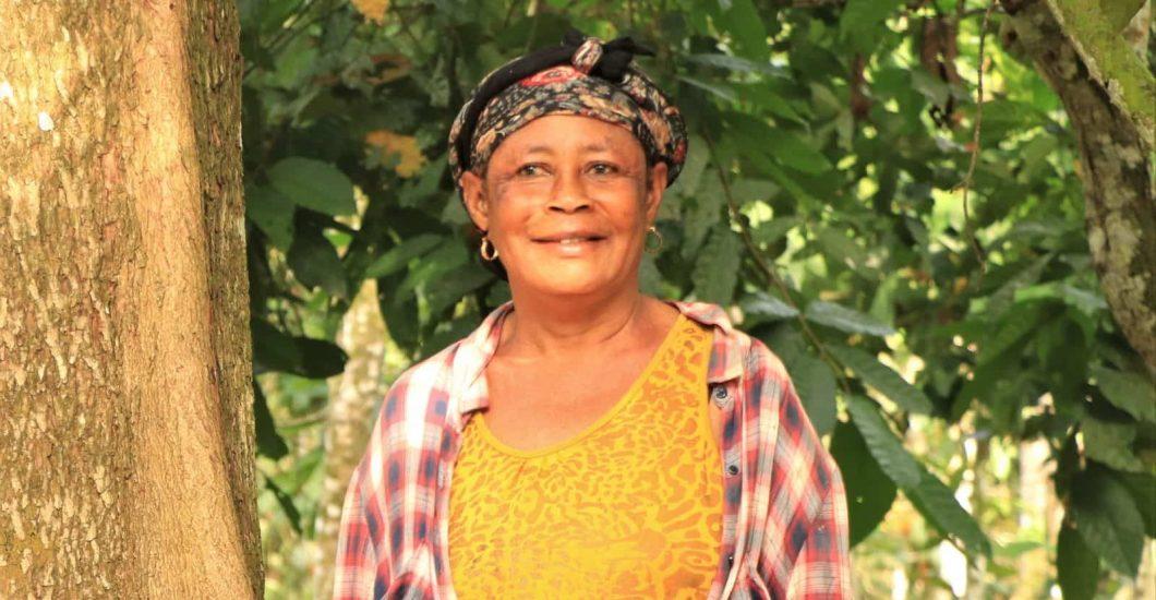 Sustainable cocoa farmer Comfort Owusuaa in Ghana